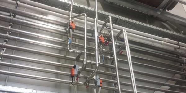Kühlleitungen - Installation Wand